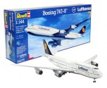 Boeing 747-8 1:144